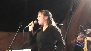 Video How High The Moon (Big Band ZUŠ Iši Krejčího, Tereza Kolečkářová