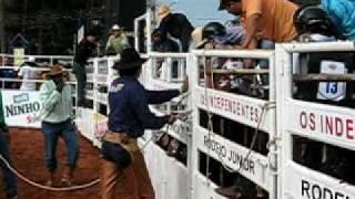 Fernando Tornelo x Rochim ( Barretos Rodeio Junior 2009 )