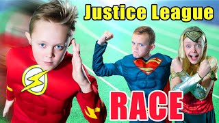 SuperHero Race! The Flash, Superman and Wonder Woman Race!