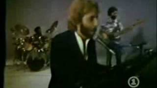 Andrew Gold - Thank You For Being A Friend video