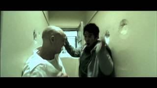 Дэнни убил киллера в бою - (Дэнни - цепной пес / 2005)