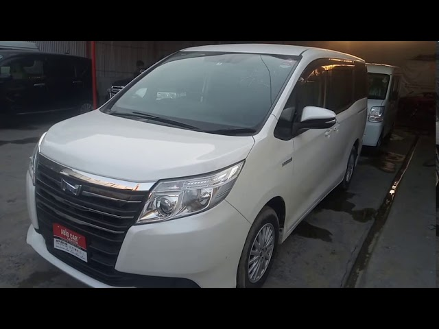 Toyota Noah X G EDITION 2015 for Sale in Gujranwala
