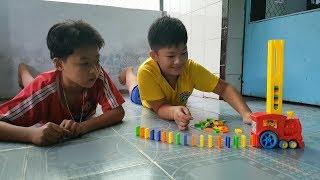 Trò Chơi Bé Pin Học Xếp Domino ❤ ChiChi ToysReview TV ❤ Đồ Chơi Trẻ Em Baby Doli Fun Song