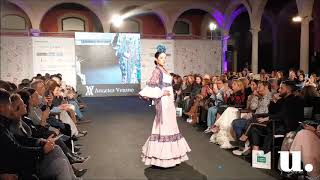 Video del desfile Caminando entre Volantes de Urbanitas Magazine.