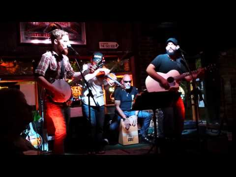 Slickwood live @ Durty Nellys- Chicken biscuit