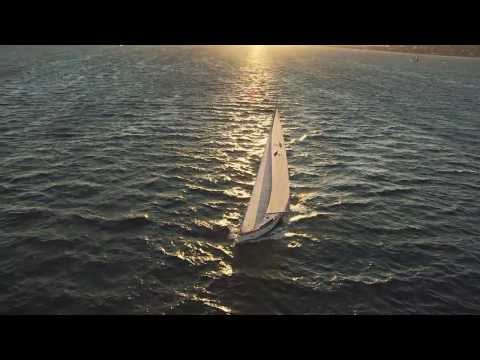 Bavaria Cruiser 41 video