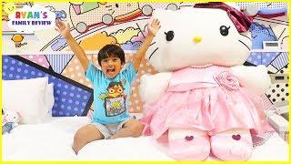 Room Tour Hello Kitty Theme Hotel Ryans Family Vacation!!