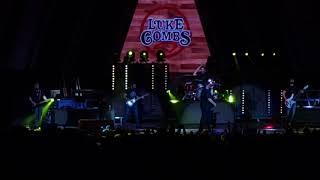 Luke Combs   Beer Never Broke My Heart(Live) Raleigh, NC