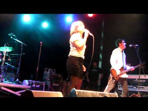 SUZY & LOS QUATTRO - Kick Ass - Madrid, 05/11/2011