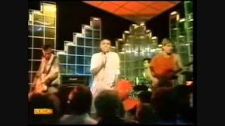 Bow Wow Wow - Go Wild in the Country (TOTP)