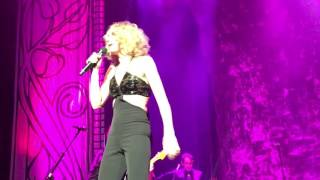 Jennifer Nettles - Hey Heartbreak - Vegas