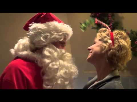 I Saw Mommy Kissing Santa Clause (Jackson 5 Music Video Cover)