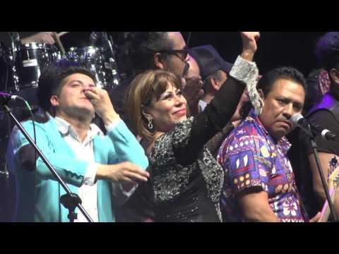 Conjunto Acapulco Tropical en el Teatro Metropolitan CLOSE con invitados