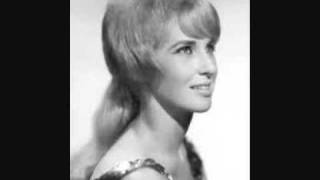 Tammy Wynette-What's Your Mama's Name Child