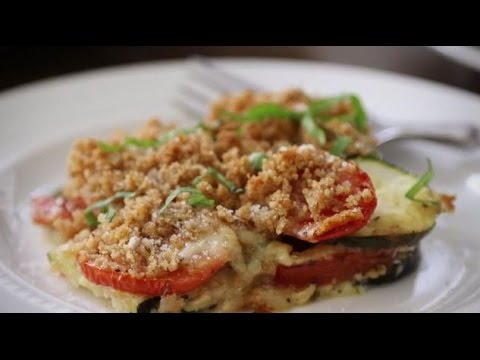 Vegetarian Recipes – How to Make Tomato Zucchini Casserole