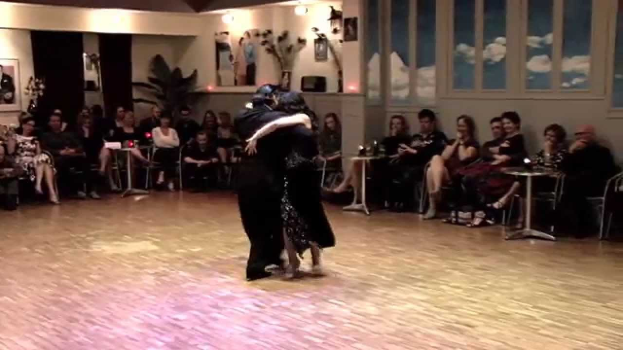 <br />RELIQUIAS PORTEÑAS<br />milonga<br /><br />video Henryk Gajewski