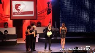 preview picture of video 'Leonardo Pieraccioni ritira il Premio Troisi - Benevento 5 dicembre 2014'