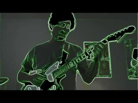 Fernando Heighes Improv to backing track in D Minor