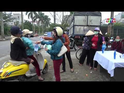 UBMT TQ Việt Nam huyện Vũ Thư cấp phát 3000 khẩu trang cho người dân