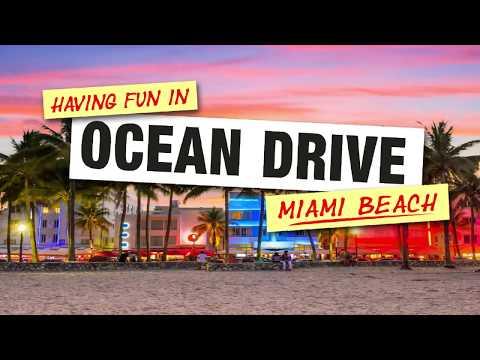 Having Fun in Ocean Drive Miami Beach