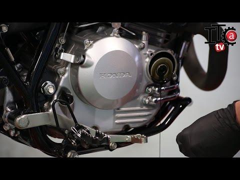 Como cambiar el filtro y el aceite a una moto