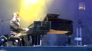 Chilly Gonzales - Never stop - Festival Fnac live - Paris, electroCité - 22 juillet 2011.mp4