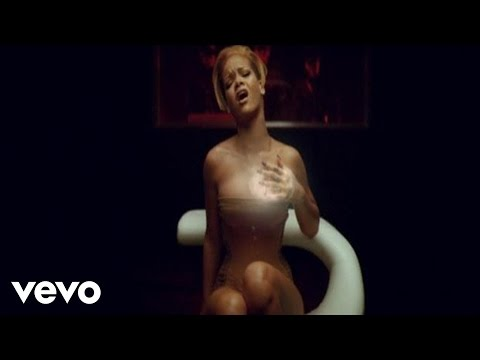 Rihanna - Russian Roulette video
