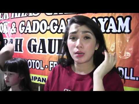 Video Artis Ini Nikmati Kuliner Mie Koclok Khas Cirebon