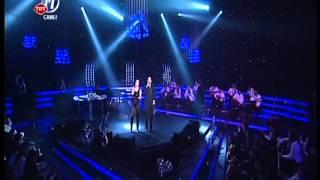 Sevcan Orhan & Onur Şan - Mavi Yelek Mor Düğme { Dillere Destan } 30.03.2012
