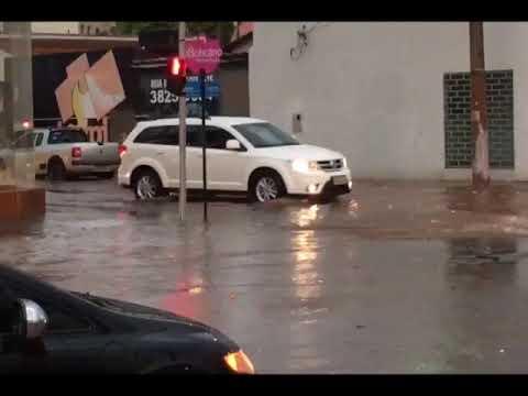 Vídeo: chuva forte volta a causar transtornos em Patos de Minas