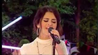 Selena Gomez & The Scene - Round and Round (On Blue Peter)