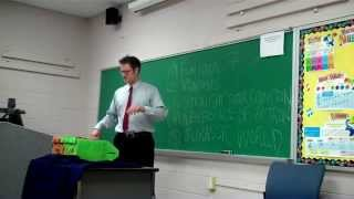 Intro to Public Speaking:  Example of a Great Informative Speech (Netflix)
