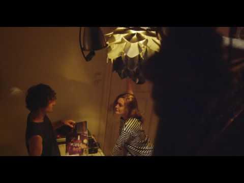 Вандер Фил - Молодую (премьера клипа, 2017)