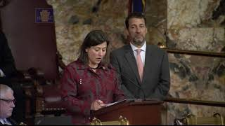 Rep. Gaydos Welcomes Guest To House Floor