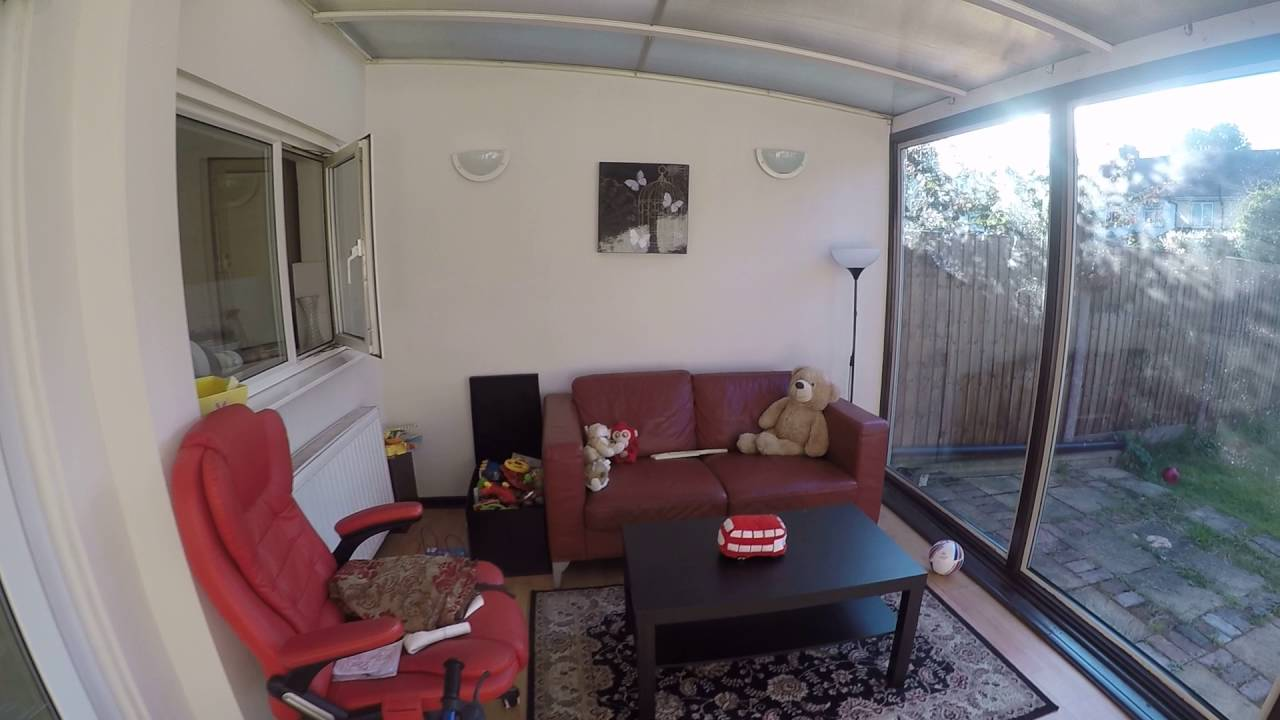 Rooms to rent in cosy 3-bedroom house with garden in up-and-coming Walthamstow