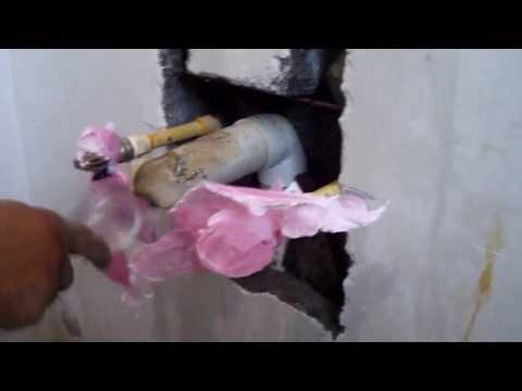 Como reparar un agujero (pozo o hueco etc) en la pared.