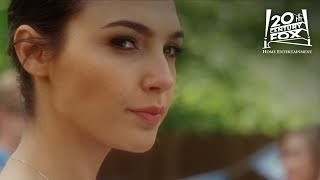 "Keeping Up With The Joneses | ""Throw Like A Girl"" Clip ft. Gal Gadot 