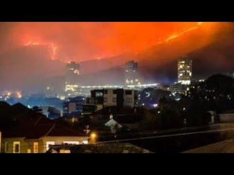 דרומה: אש פראית שורפת בקייפטאון