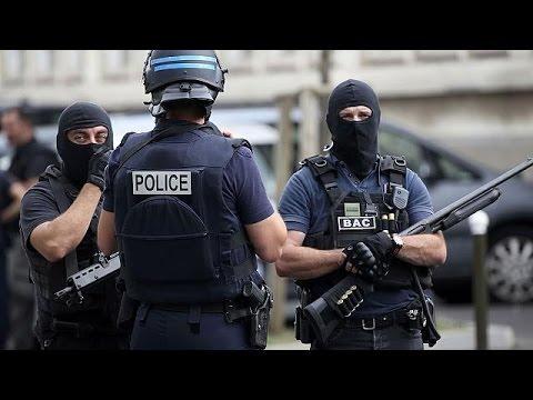 Γαλλία: Η κυβέρνηση ενισχύει κι άλλο τις δυνάμεις ασφαλείας