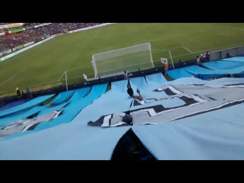 """""""Recibimiento Resistencia Albiazul"""" Barra: La Resistencia Albiazul • Club: Querétaro"""
