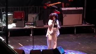 "Angie Stone - ""Pissed Off"" (LIVE)"
