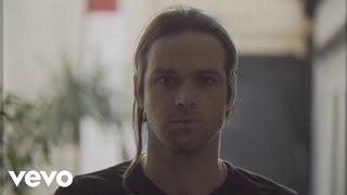 Benjamín Amadeo - Volaré (Official Video)