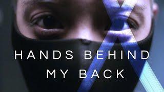 Musik-Video-Miniaturansicht zu Hands Behind My Back Songtext von Amber Liu