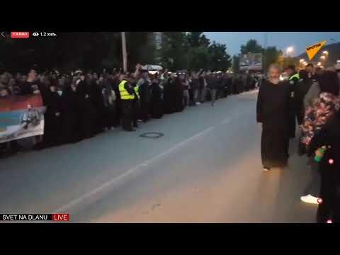 Протести широм Црне Горе, људе у Никшићу наљутило гашење расвјете (ВИДЕО)