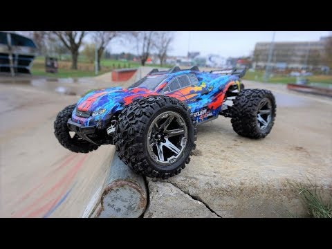 NEW Traxxas Rustler 4x4 VXL Trashed At Skate Park!