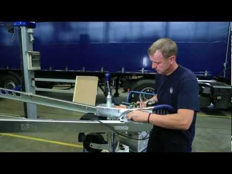 BPW Wechsel von Auflaufdämpfer und Zugkugelkupplung