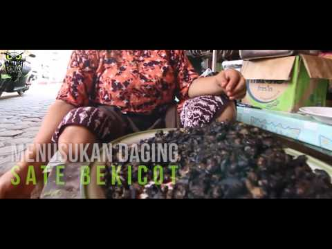 Video KULINER INDONESIA : Sate Bekicot Mbak Sri Kediri Rasanya Nendang Enak