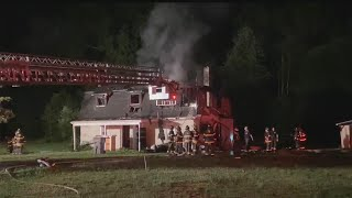 Crews battle house fire overnight on Youngstown's east side
