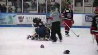 preview picture of video 'Sean Crozier Hockey Fight CJHL Pembroke Lumber Kings'
