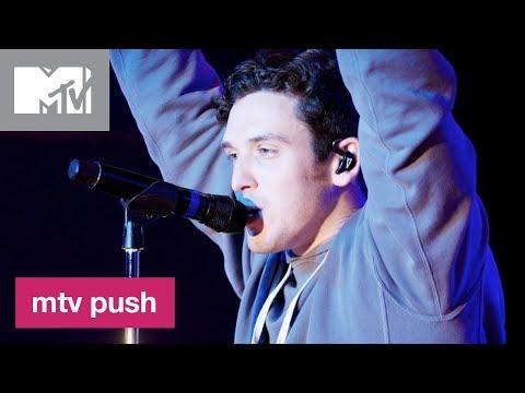 Lauv Performs 'I Like Me Better' (Live Performance) | MTV Push
